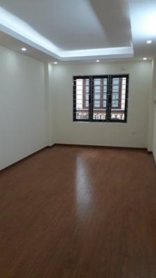 Bán nhà riêng tại đường Ngọc Thụy, Long Biên, Hà Nội, diện tích 35m2, giá 2.25 tỷ 9766601
