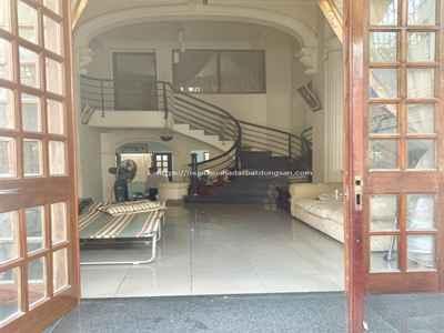 Bàn nhà giá siêu rẻ, Hẻm đường Hòa Hưng, Quận 10.    10673930