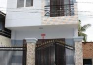 Nhà xây trệt lầu móng cọc BTCT  DT : 4x15, 3 PN, 2 Toilet. Nhà mới đẹp