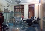 Chính chủ bán gấp nhà mặt phố Nguyễn Khang cũ, DT 94m2x5 tầng, MT 4.6m, dưới 15 tỷ