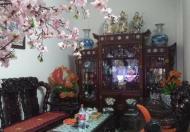Bán nhà mặt phố Hoàng Hoa Thám, DT 58m2, MT 4,4m. Giá chỉ 10,6 tỷ