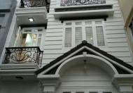 Kẹt tiền bán gấp nhà HXH Lê Văn Sỹ, Q3, DT: 4.2x15m, 2 Lầu, 190m2