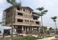 Chính chủ cần bán biệt thự Thanh Hà Cienco 5, dt 250m2, đường 30m, gần hồ giá rẻ, call 0985360690