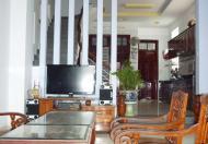 Nhà cho thuê Đường Hoa Hồng, Quận Phú Nhuận