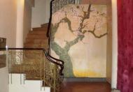Cho thuê nhà mặt phố Văn Miếu, Đống Đa, giá 26tr/th, DT 35m2, 3 tầng