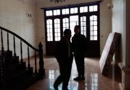 Cho thuê nhà riêng phố Khuất Duy Tiến, DT 55m2