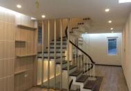 Gia đình cần bán nhà ngõ 500 Nguyễn Trãi, DT 37m2, 5 tầng