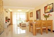 Căn hộ Nhiêu Tứ quận Phú Nhuận được derco lại toàn bộ rất đẹp, lót sàn gỗ