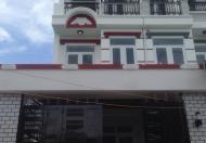 Cần tiền bán gấp nhà đẹp, đường Huỳnh Tấn Phát, Nhà Bè, DT 4x22m, gồm 1 trệt, 2 lầu, giá 2.75 tỷ