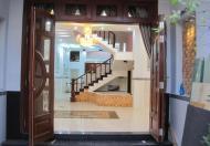 Nhà mặt tiền đường Đào Duy Từ, Q. Phú Nhuận