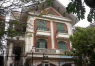 Bán biệt thự Cầu Giấy 280m2 nhà đẹp nhất khu, đường rộng gần công viên Nghĩa Đô