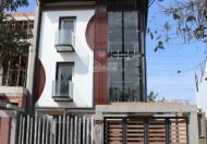 Chính chủ bán biệt thự đẹp hiện đại 9x18m, 3 lầu, giá 9.8 tỷ