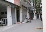 Cho thuê nhà 4 tầng Hoàng Quốc Việt, ưu tiên làm văn phòng