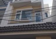 Xuất ngoại bán rẻ nhà phố tuyệt đẹp ngay trung tâm thị trấn Nhà Bè, DT 5,7mx14,5m, 3 lầu, hẻm 8m