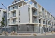 Cần bán nhà phố liền kề giá CĐT trên đường Bùi Văn Ba, Q7, TT chỉ 15% nhận nhà, tặng ngay 100tr