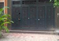 Cho thuê nhà ngõ 19 Liễu Giai, 80m2 x 3 tầng, MT 5m, ngõ ô tô tải, giá 15tr/th, LH 0936102958