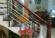 Cho thuê nhà trong ngõ phố Tây Sơn, làm văn phòng, để ở, 45m2 x 4 tầng, ô tô đỗ cửa, giá 12tr/th
