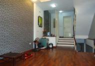 Cho thuê nhà riêng tại đường Lạc Long Quân, Tây Hồ, Hà Nội, diện tích 65m2, giá 8 triệu/tháng