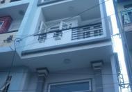 Cần bán nhà mặt tiền đường Trương Định, phường Bến Thành, quận 1