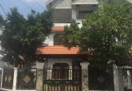 Cần tiền bán gấp căn biệt thự lô góc mặt tiền Lâm Văn Bền, Tân Quy, Quận 7, DT 8x15m, 3 lầu
