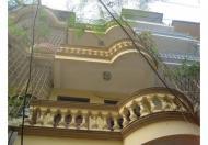 Cho thuê nhà riêng tại Tây Sơn, DT 45m2, 3,5 tầng