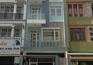 Bán nhà tuyệt đẹp, nội thất cao cấp, mới 100%, cách chợ 10m, đường ô tô thông thoáng, DT 4*22m