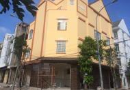 Cho thuê 2 căn nhà liền kề 3 lầu mới xây Cần Thơ tiện văn phòng 15 triệu/th (miễn trung gian)