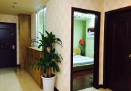 Cho thuê căn hộ Royal City tòa R2 tầng trung đẹp mê li với DT 133m2, giá 17tr/th