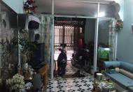 Bán gấp nhà phân lô phố Tạ Quang Bửu, Bách Khoa, DT 46m2, 3,5 tầng ô tô đỗ cửa