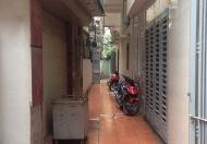Tôi cần bán nhà ở Nguyễn Trãi, gần mặt phố, DT: 41.1m2 x 5 tầng, hiện đại. Giá 2.35 tỷ