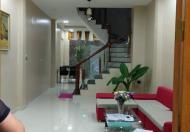 Bán gấp nhà đẹp Hào Nam 32m2 x 4 tầng, giá 3 tỷ
