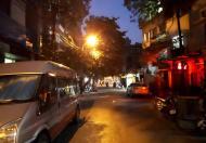 Bán nhà mặt phố Yên Bái, 39m2, MT 3.5m, hè rộng, KD tốt, giá 9.3 tỷ