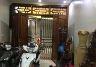 Bán nhà riêng Hào Nam, S: 31m2, 5 tầng, MT 3,3m, giá 4,85 tỷ, nhà kinh doanh tốt
