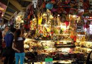 Bán 2 sạp liền kề 2 mặt tiền trong chợ Bến Thành, Q1, đang cho thuê 90 tr/tháng