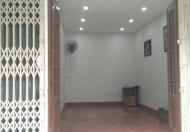 Cho thuê nhà phố Đốc Ngữ, Văn Cao, giá 15 tr/th, DT: 35m2 x 3,5 tầng, MT 6m
