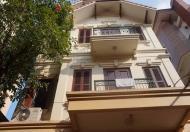 Nhà riêng mặt ngõ 603 Lạc Long Quân, DT 70m2 x 4 tầng, nhà mới sơn sửa mới, MT 4,5m
