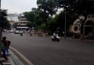 Bán nhà 3 tầng mặt Hồ Hoàn Kiếm đường Lê Thái Tổ, 130m2, giá 870tr/m2
