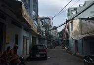 Cần bán gấp nhà xây chắc chắn, một trệt hai lầu, 70m2 ở quận Tân Bình, mua vào ở ngay