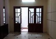 Bán nhà đẹp phố Đội Cấn, quận Ba Đình, 38m x 5T, MT 3.7m, ở ngay, giá 4.5 tỷ.