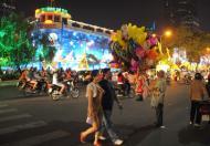 Cho thuê nhà mặt phố Ngô Thì Nhậm, 2 mặt tiền 9x15m, Hàng Bài, Hàng Thuyền, Bà Triệu