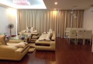 Chính chủ cho thuê căn hộ cao cấp 57 Láng Hạ, DT: 200m2, 3PN, đủ đồ, giá 18 triệu/tháng
