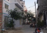 Nhà liền kề cần bán, góc 2 mặt tiền, cách đường Lê Văn Lương 100m, dân cư hiện hữu