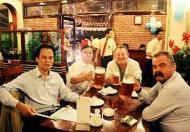Chuyển nhượng nhà hàng bia, mặt đường Nguyễn Khánh Toàn. Giá Chuyển nhượng 250tr