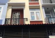 Nhà phố mới 3 lầu giá rẻ, DT 60m2, giá 2.5 tỷ, sổ hồng riêng, hẻm 577, QL13, hẻm 4m