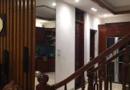 Gia đình cần tiền bán gấp nhà mặt hồ Mai Anh Tuấn, Đống Đa, 90m2, giá rẻ