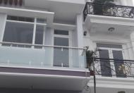 Nhà mới xây 3 lầu trong chợ Hiệp Bình, đường 5m, DT 60m2, giá 2.6 tỷ, ra Phạm Văn Đồng chỉ 300m