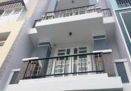 Cần bán nhà gấp ngay đường 26 Phạm Văn Đồng, đối diện Cá Sấu Hoa Cà