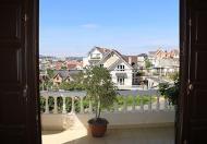 Nhà 2MT Trương Vĩnh Ký, DT 5m x 18m hậu 8m vuông vức đẹp. Đúc 2 lầu, sổ hồng