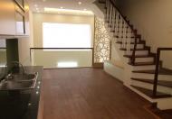 Bán nhà PL Vĩnh Phúc, Ba Đình, DT42m2x 5 tầng, cách phố 50m, oto đỗ cổng, giá 4,7tỷ