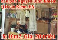 Cần nhượng Shop thời trang đầu phố Nguyễn Bỉnh Khiêm giao Trần Nhân Tông, Hoàn Kiếm, HN.